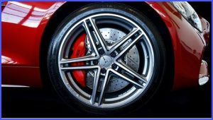 Image of alloy wheel on car with caption Stockton Wheels