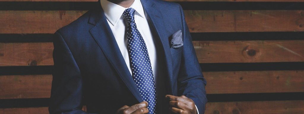 Image of a man in a suit representing LouHamilton.com